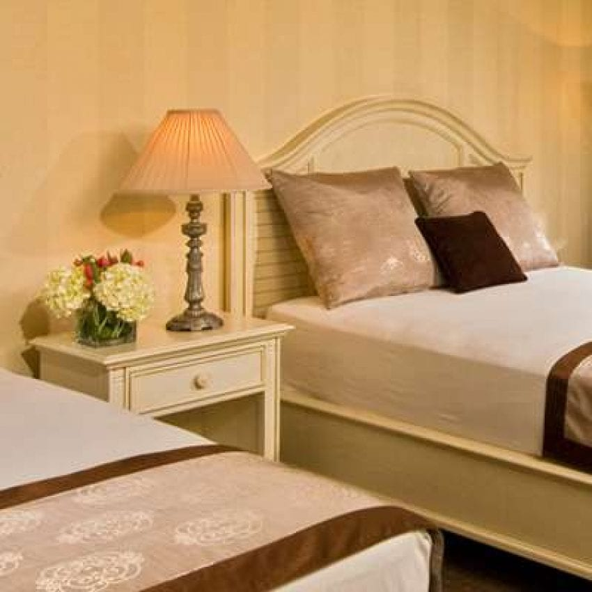 Cape Codder Resort & Spa Hyannis MA