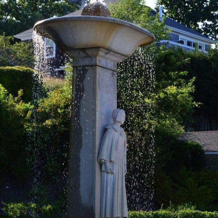 Pilgrim Mother Statue