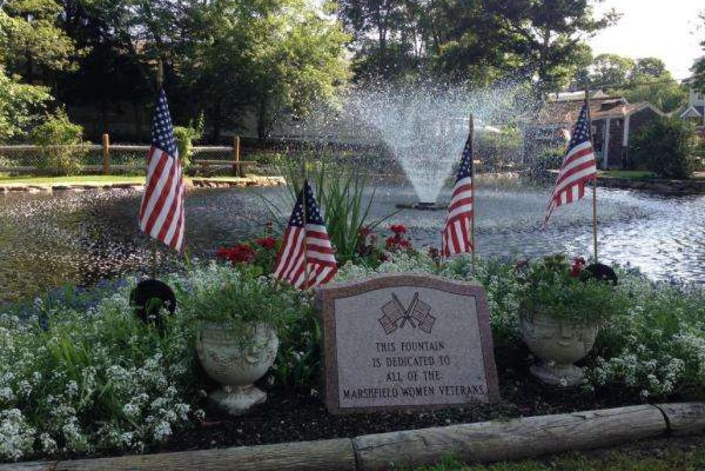 Marshfield women veterans fountain