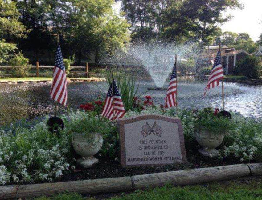 Marshfield women veterans fountain