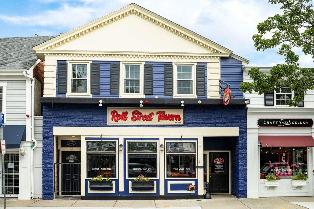 Roll Street Tavern